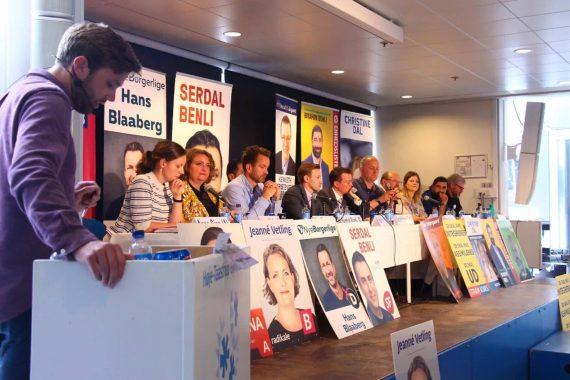 Billeder fra fredagens valgdebat her på